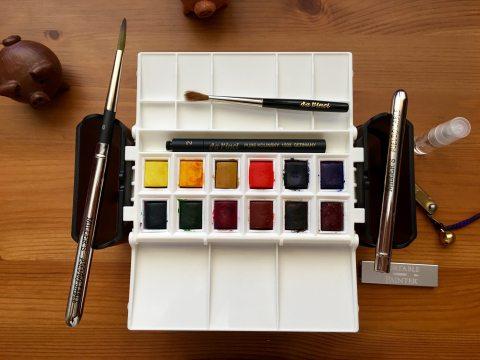 DOODLEWASH REVIEW: Portable Painter Travel Palette