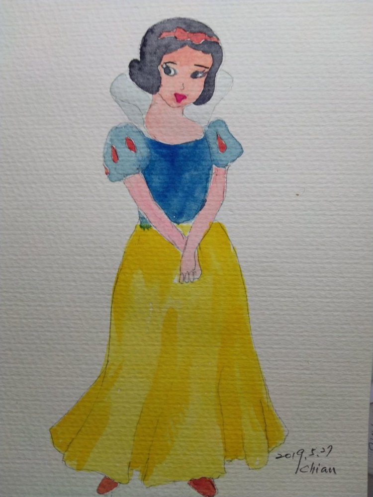 Snow White For 5/25 prompt IMG_20190527_173023