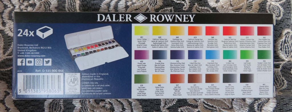 Aquafine Watercolour 24 pan set by Daler-Rowney back of package photo