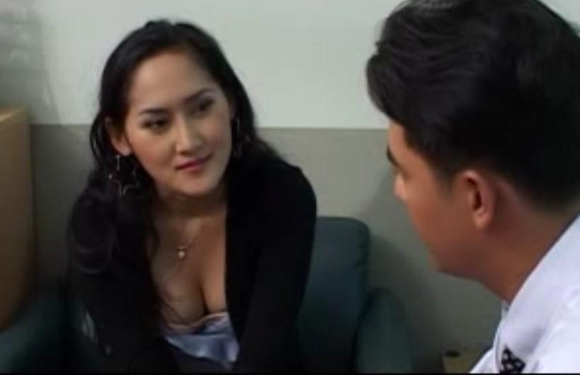 หนังโป๊ไทย 20+ เลขาสุดอึ๋ม นางเอกเลขาสาว ยั่วเจ้านายจนควยแข็ง สุดท้ายเย็ดคาโต๊ะ