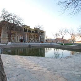 Moschea Bolo-khauz - Pond