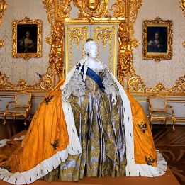Catherine Palace - Ball Gown of Empress Elizabeth