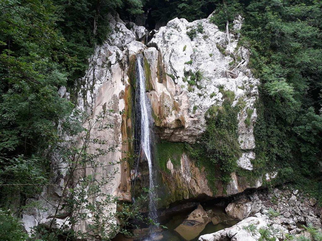 Agura Waterfalls