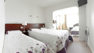 bed_breakfast_accommodation_bed_2