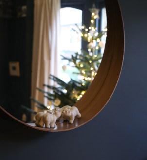161218-mirror-polarbears