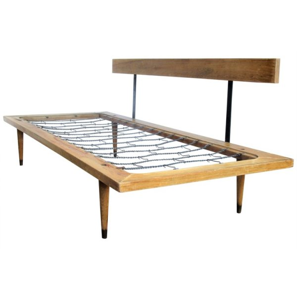 Classic Mid Century Modern Daybed