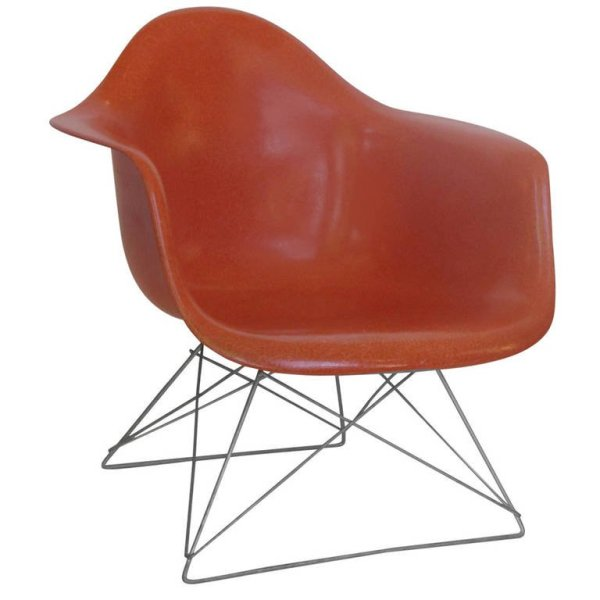 Eames LAR Chair with Cats Cradle Base