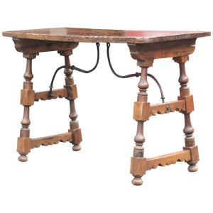 17th Century Spanish Baroque Walnut Table
