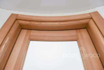 радиусная дверь из ясеня скругленный короб