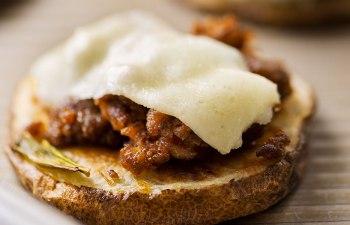 RECIPE: Chorizo and Oaxaca Cheese Potato Nachos