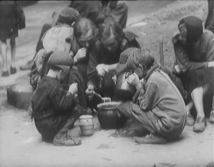 Heda Margolius Kovály, Hitler Stalin and I, Lodz Ghetto