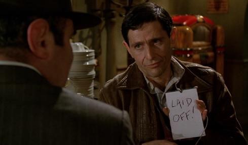 Scena dal film Chi ha incastrato Roger Rabbit nella quale vediamo la scritta laid-off