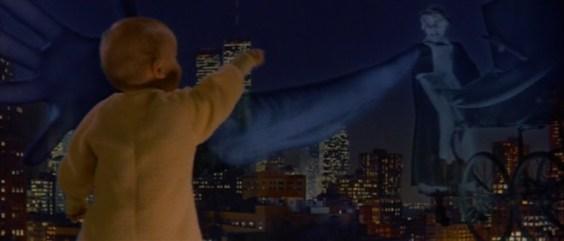 Scena di Ghostbusters 2, Janosz in veste di fantasma rapisce il bambino