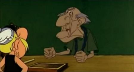 vecchio usciere sordo dal film Le dodici fatiche di Asterix