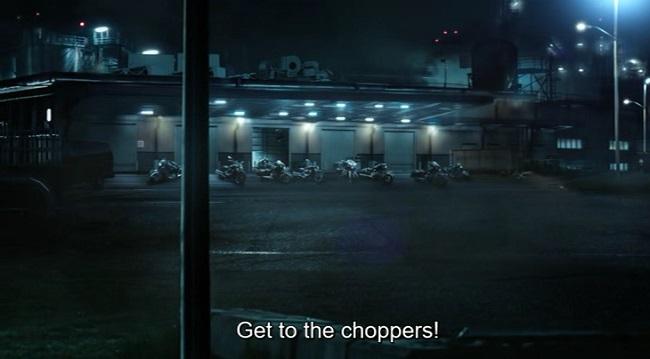 Scena delle motociclette choppers in The predator (2018)