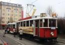 Historická tramvaj rozveze v Praze Betlémské světlo