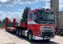 Volvo Group Czech Republic předalo dva tahače Volvo FH16 750 Správě železnic