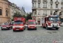 OBRAZEM: Asistence SDH Praha 1 u požehnání mariánského sloupu na Staroměstském náměstí