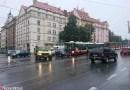 Nehoda komplikovala dopravu ve Svatovítské ulici v Praze