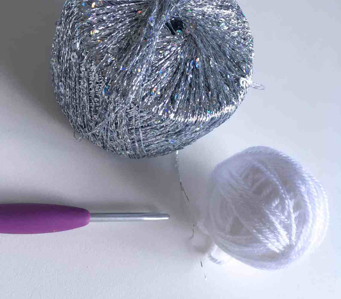 sparkly yarn white acrylic and crochet hook