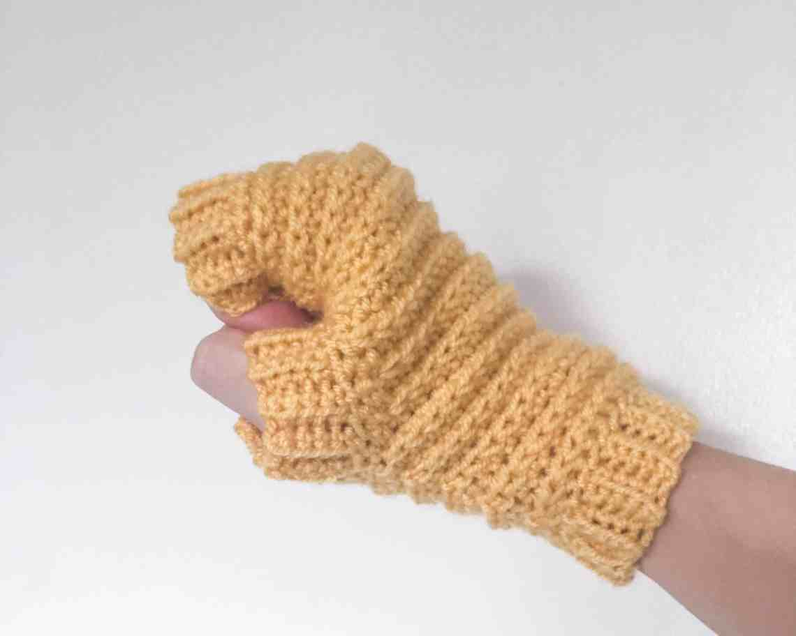 Crochet Fingerless Gloves, Mittens Pattern