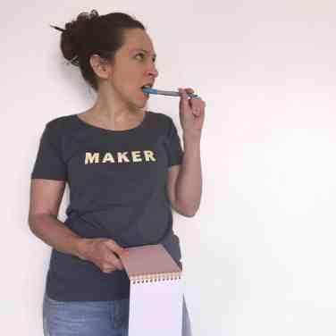 maker slogan t-shirt yellow on grey thinking