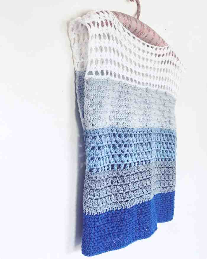 Blue tones stripy crochet top