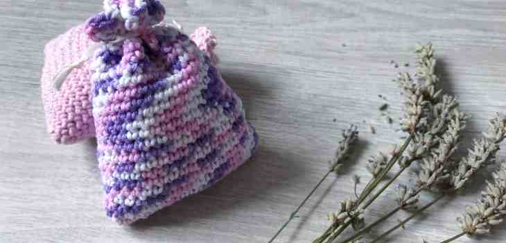 Lavender bags with lavender sprigs