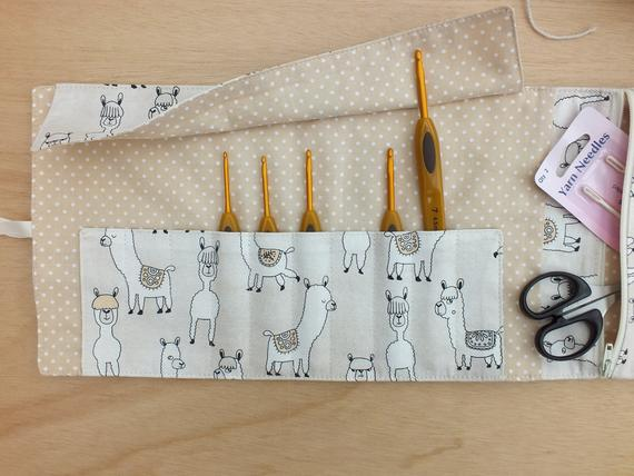 crochet hook roll from jaunty jane