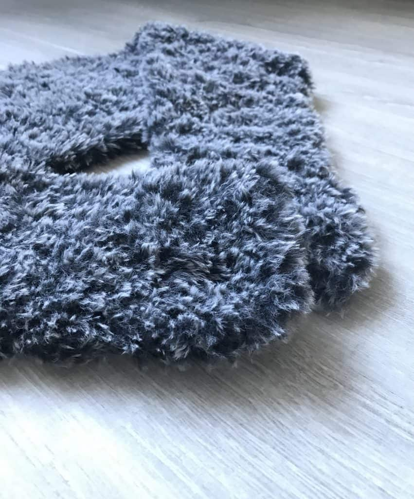 Faux fur crochet scarf or stole