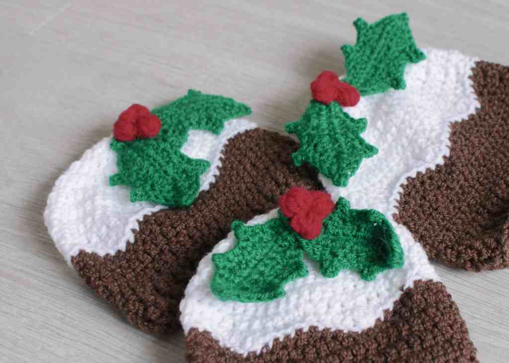 Christmas Pudding Crochet Hat Pattern