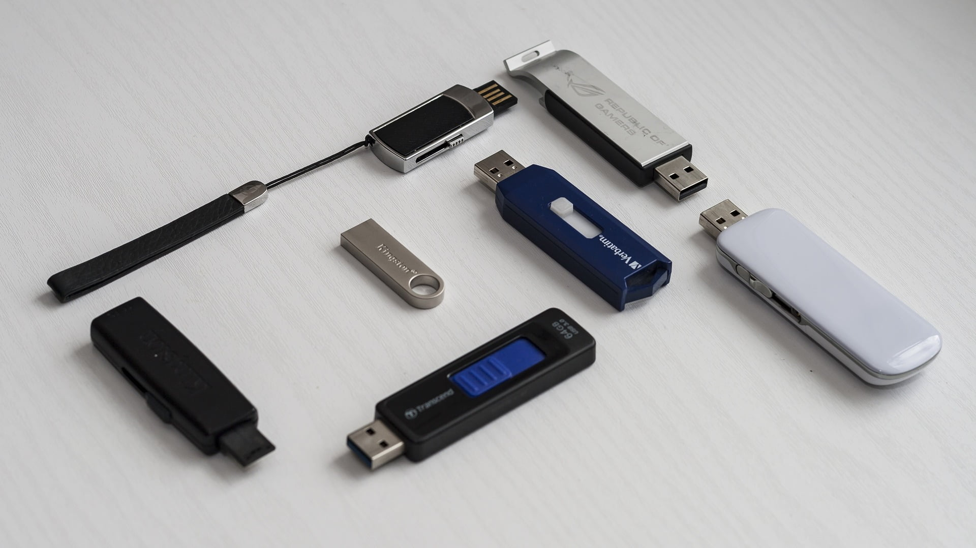 memory flash sticks