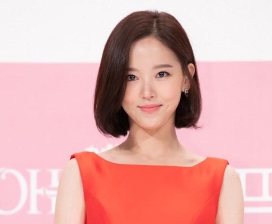 Fantagio toma medidas legais contra Kang Han Na