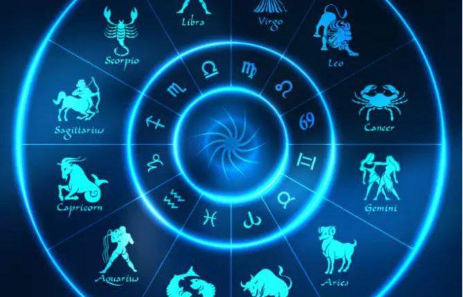 2022 metų horoskopas Liūtui: renkantis astrologą