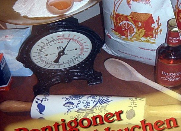 "Das Titelblatt der Broschüre ""Pontigoner Blechkuchen"""
