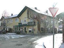 Salzechner´s Gasthaus in Oberndorf Ziegelhaiden heißt heute Indian Palace und wirbt mit indischen Spezialitäten.