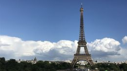 Darf man heute noch nach Paris zum Eiffelturm fahren? (Bild: microble.eu)