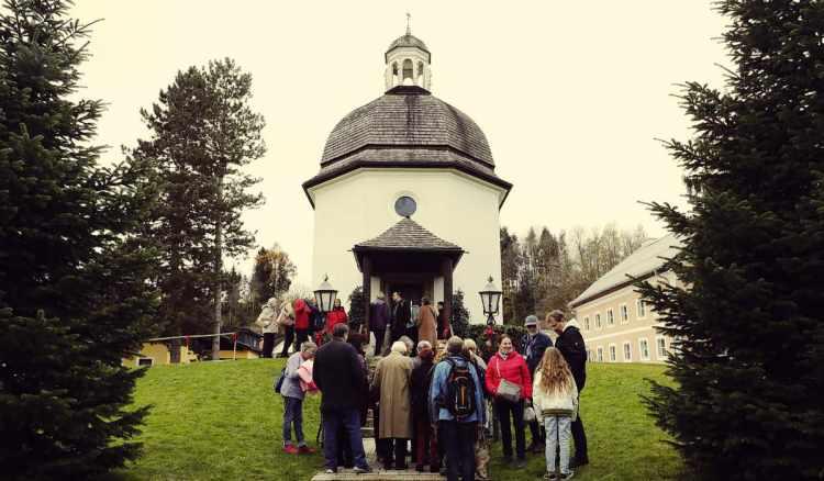 Die Stille Nacht Kapelle in Oberndorf bei Salzburg   Foto: KTraintinger