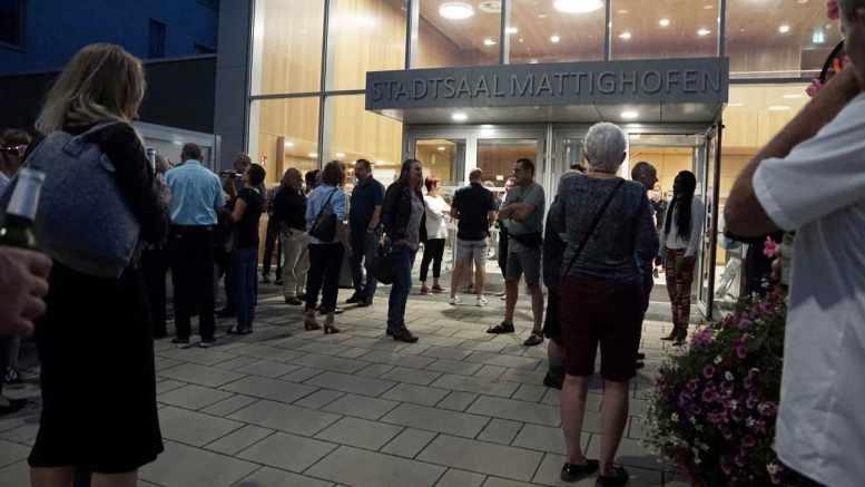 Vor dem Konzert, Stadtsaal Mattighofen, Foto Markus Lackinger