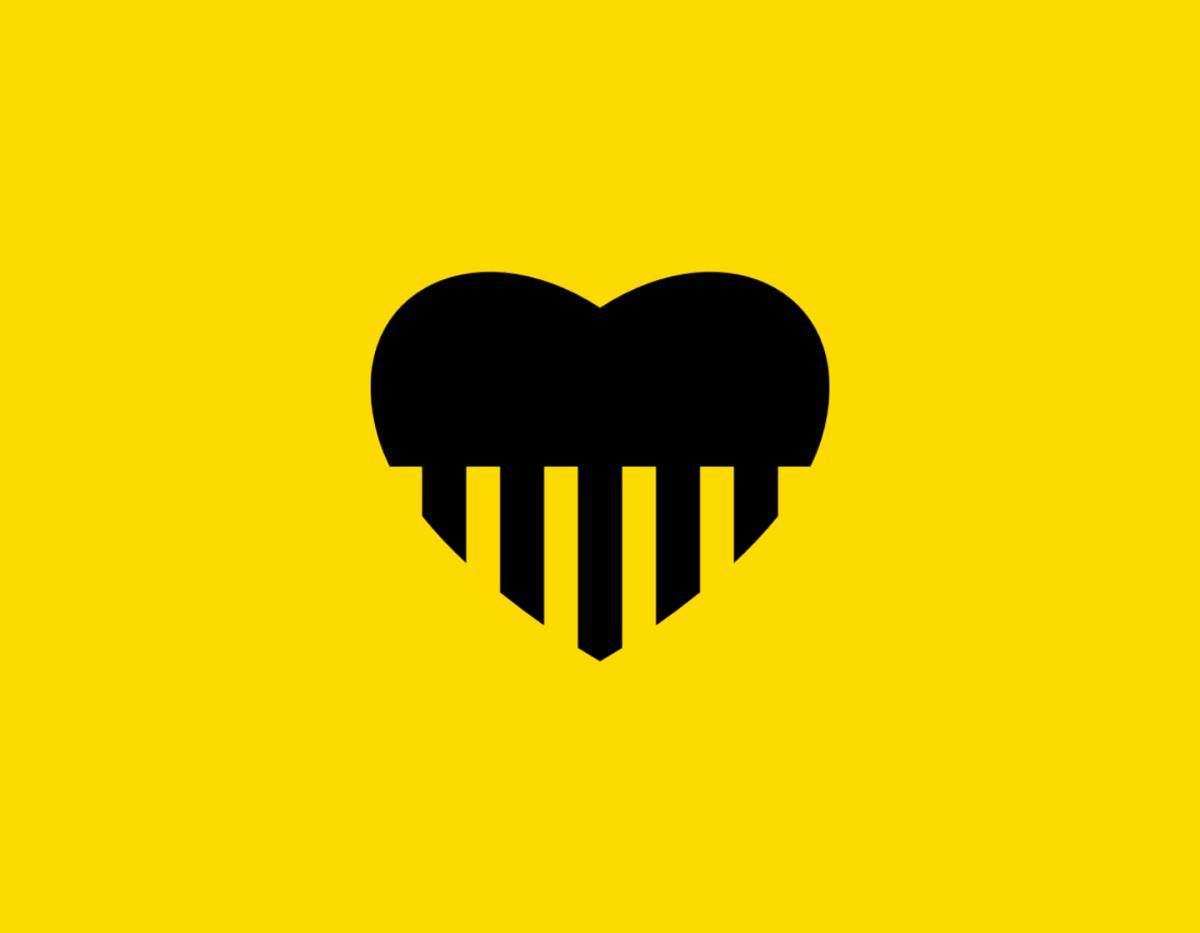 Պատկեր՝ սրտեր թեմայով։ Տեղադրված հայ գրող Դօրիանի «Սրտերը մեզ սիրող» Չափածո ստեղծագործության էջում։