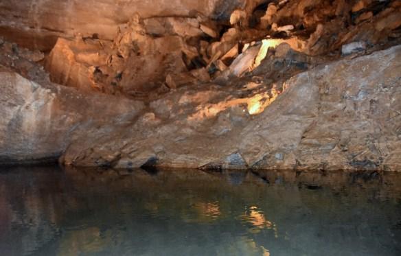 Penn's Cave (23)