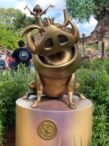 timon and pumbaa fab 50 statues