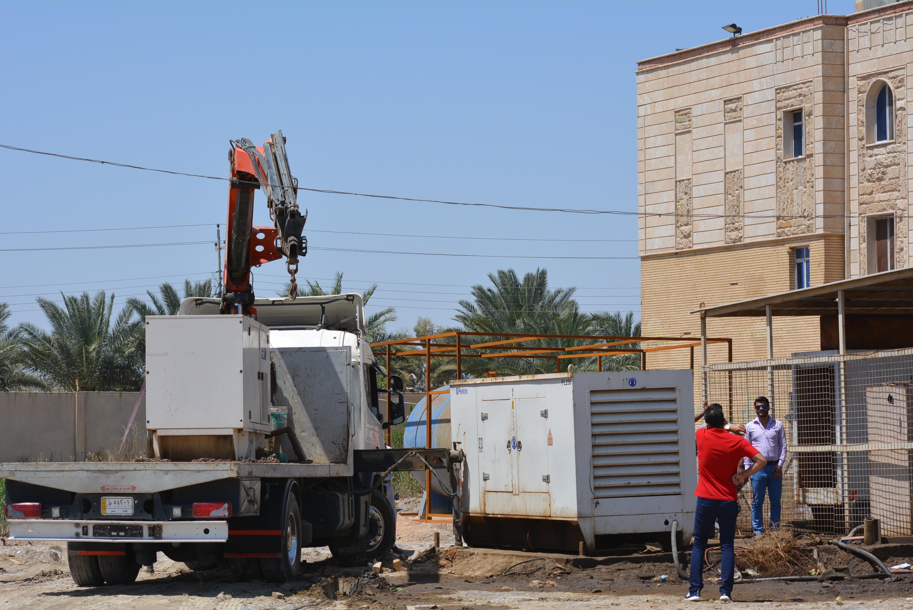 وحدة المتابعة في قسم شؤون الاقسام الداخلية في جامعة كربلاء تشرف على اعمال الصيانة في مجمع الطالبات