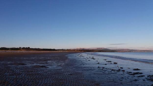 dornoch-beach-low-tide