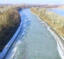 Rengeteg szemetet hoz a Duna