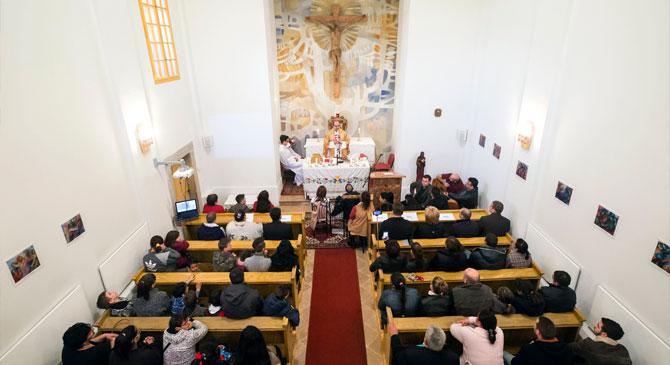 Felszentelték az esztergomi Szegényházi Kápolnát