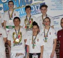 Esztergom: kick-box sikerek Boszniában
