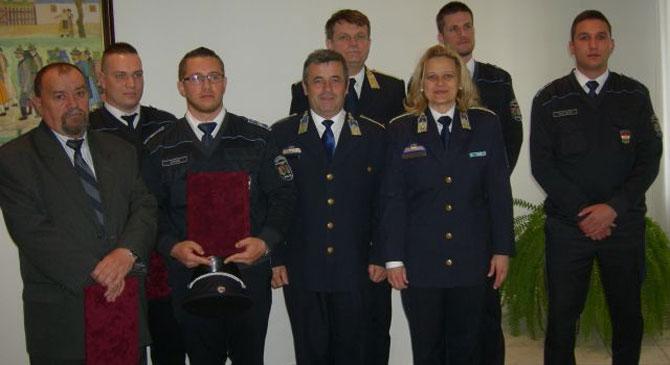 Elismerték a Nyergesújfalui Rendőrőrs beosztottjait
