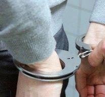 Meghosszabbították a dílerek letartóztatását