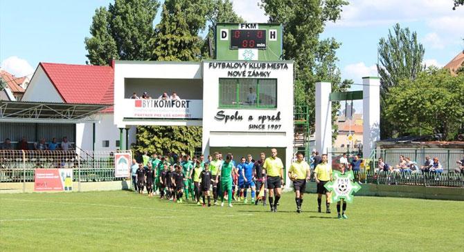 Érsekújváron jártak a fiatal dorogi focisták